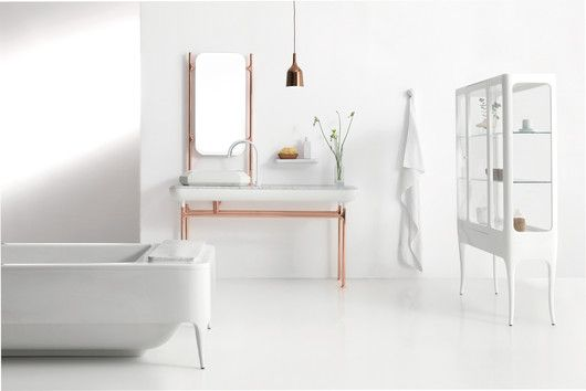 A very clean, streamlined take on the classic clawfoot tub. Designed by Jaime Hayon for Bisazza Bagno. | hayonstudio.com