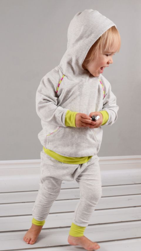 Hoodie pattern: Tutorials for Sewing Kids Clothes 24