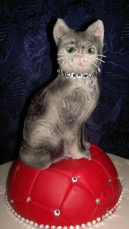 cake cat with diamonds  torta gattina con diamanti