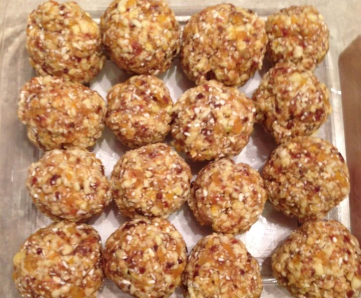 Recipe Cinnamon Caramel Apple Energy Balls by shelly_w - Recipe of category Desserts & sweets