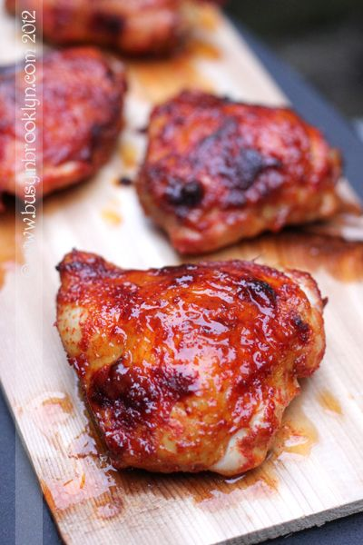 Spicy Garlic Chicken by busyinbrooklyn: Just as easy and much tastier than take out!  #Chicken #Garlic