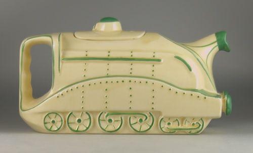 1930s train teapot