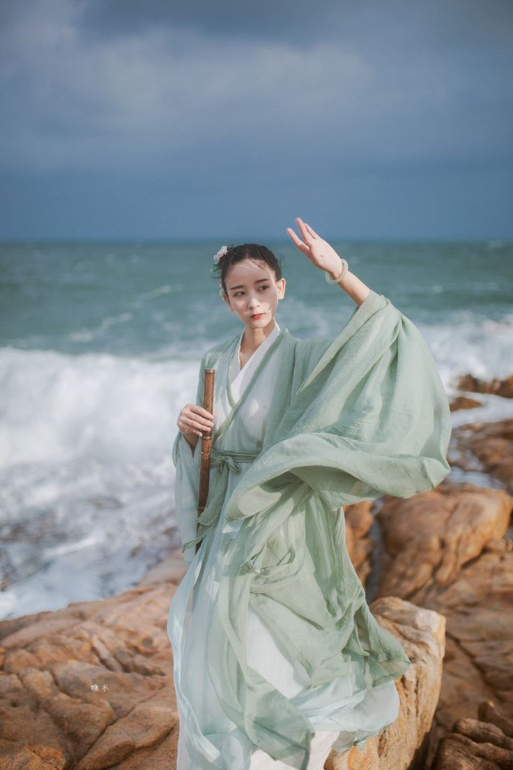 hanfu gallery (traditional chinese fashion by 糖衣)