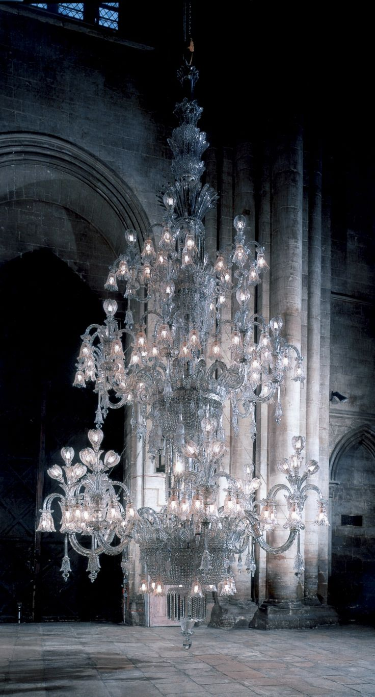 MAYBE THE WORLD'S LARGEST CHANDELIER:  Crystal-Glass & Silvered-Bronze 160-Light Chandelier, by the outstanding metal & glass goods firm in 19th Century Birmingham, England: F. & C. OSLER. 1910, Approx. 22 Feet High & 15 Feet Wide, 1.5 Tons. It was commissioned by a Maharajah for the Durbar room of his palace in West Bengal.