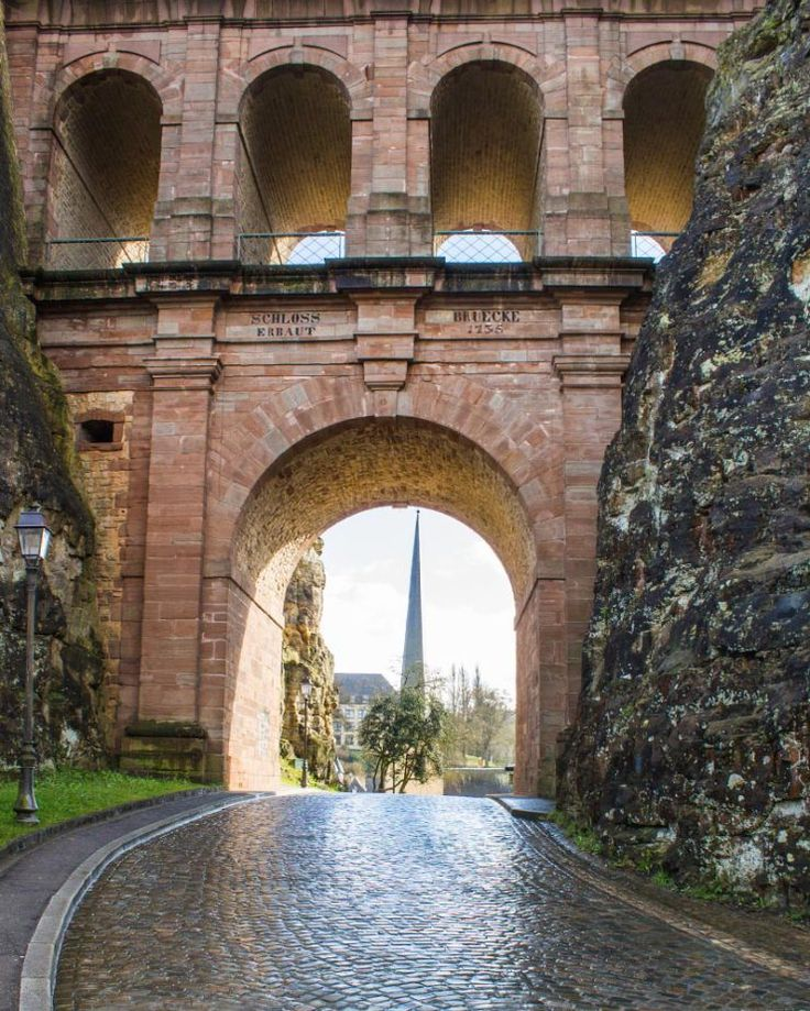 Things to do in #Luxembourg - Come and explore the #history and #architecture of this city whilst soaking up the #harrypotter bridges and ramparts