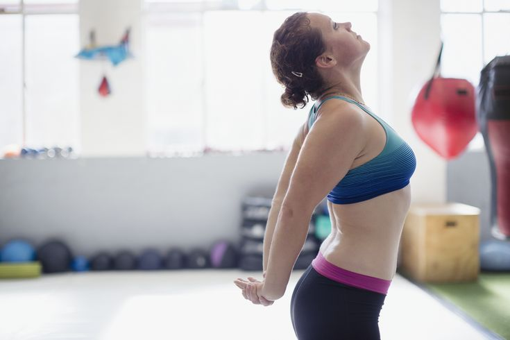 Kyphotic posture is caused by muscular weakness and a lack of flexibility. With a few simple kyphosis exercises, you can be standing taller before you know it. Kyphosis Exercises, Posture Exercises, Lower Back Muscles, Lower Back Exercises, Quadratus Lumborum Stretch, Ql Stretch, Stiff Shoulder, Muscle Stretches, Exercises