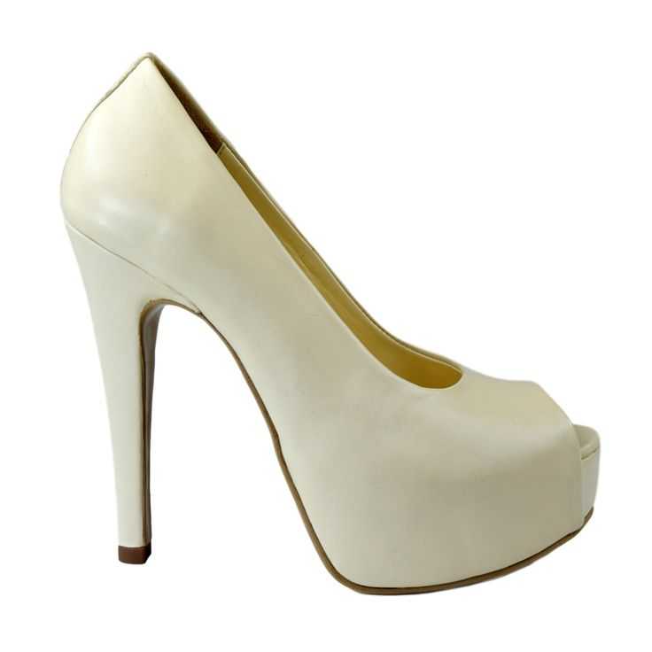 Pantofi decupati din piele crem nappa