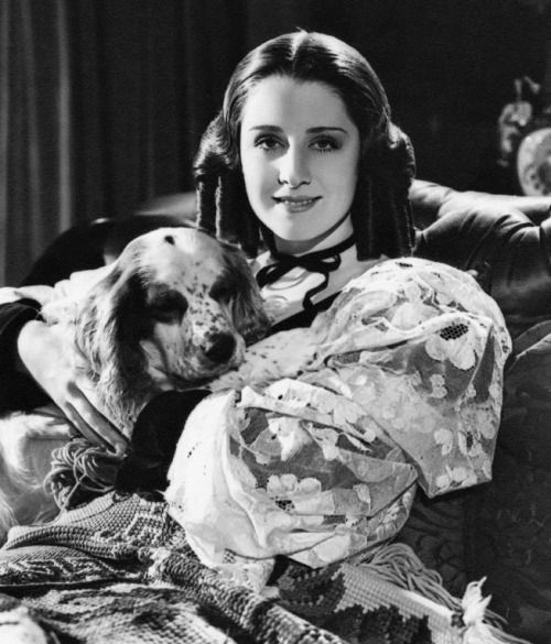 Norma Shearer on a promotional picture for The Barretts of Wimpole Street (1934), photographed by George Hurrell.