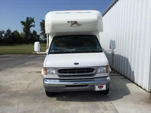 2001 Born Free 25RB for sale by owner on RV Registry http://www.rvregistry.com/used-rv/1010550.htm