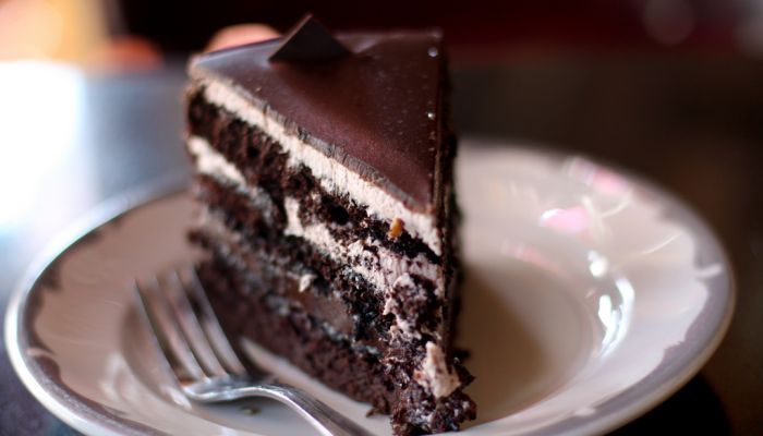 Torta di compleanno al cioccolato, mascarpone e caffé