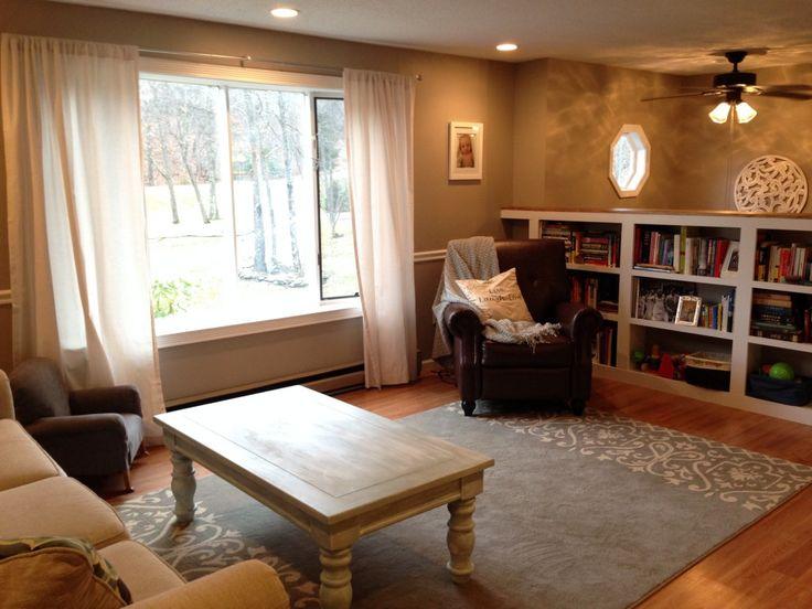 Best 25 raised ranch entryway ideas on pinterest split for Split living room dining room ideas