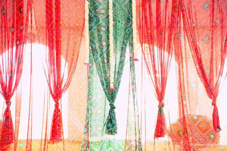 What a great idea! Use bandhani to create a beautiful draped look...created by PinkCityDesigns #pinkcitydesigns