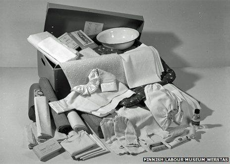 Uma caixa com Fraldas Reutilizáveis de Oferta :-)