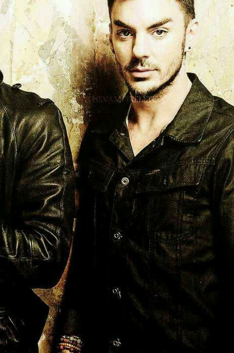 Yes indeed Shannon is hot