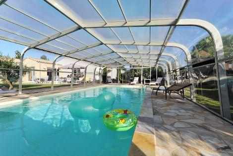 Abri de piscine fixe avec système de ventilation performant !