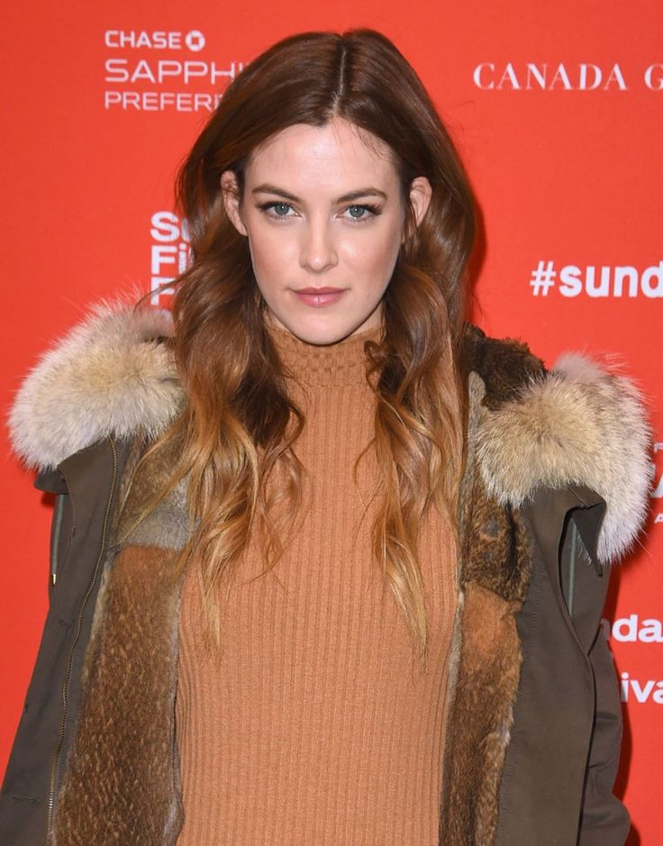 "Riley Keough  attends the ""Lovesong"" Premiere during the 2016 Sundance FF http://celebs-life.com/riley-keough-attends-lovesong-premiere-2016-sundance-ff/  #rileykeough"