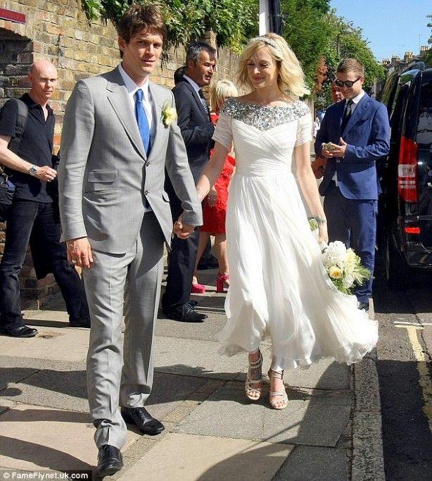 Simple Wedding Dresses Registry Office In 2020 Sparkle Wedding Dress Cotton Wedding Dresses Wedding Dresses