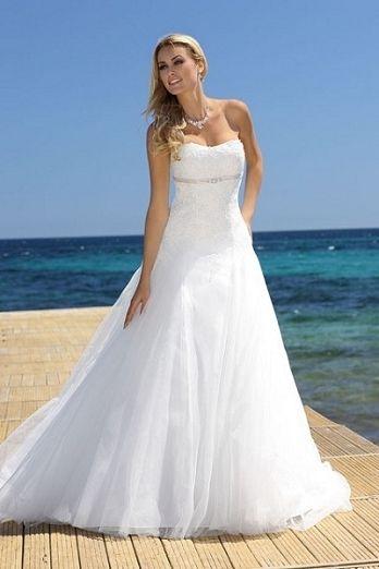 23 best Hochzeitskleider images on Pinterest | Wedding frocks ...