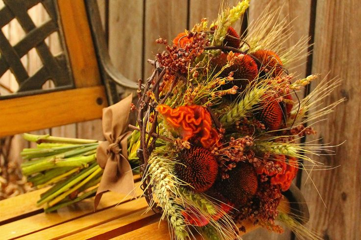 Fall Wedding Centerpieces | fall wedding flowers bouquets and centerpieces earthy alternative