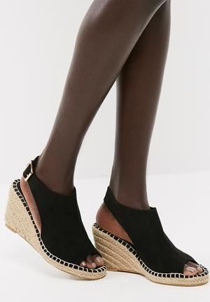 84157b46142 Vero Moda Lina Wedge Sandal Heels Black