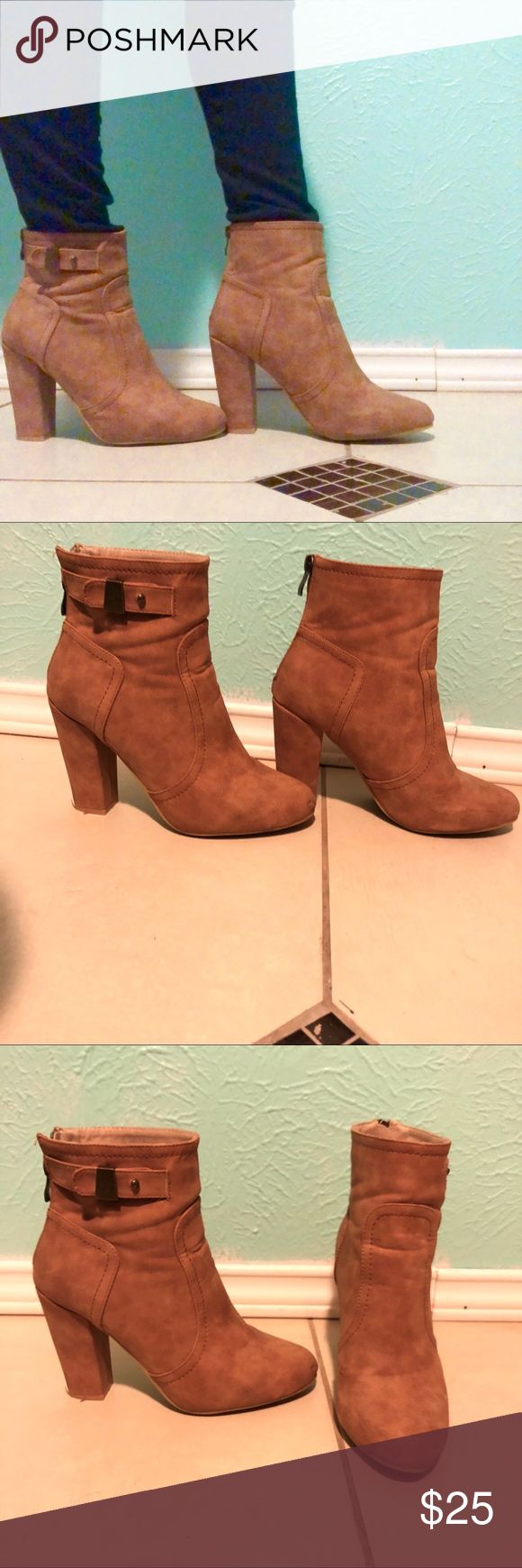 Heel Booties!! ❤️😍 Super comfortable and cute!! 😍 Zipper works great going up but to go down it takes a while other than that its amazing! Love them! ❤️ Heel is approximately 4 in. ✨🛍🎉 M&L Beverly Hils Shoes Heeled Boots