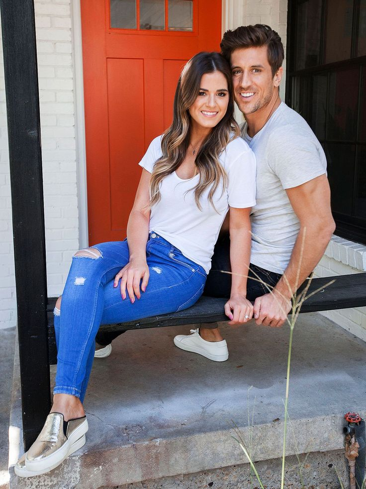 JoJo Fletcher and Jordan Rodgers are enjoying their journey to the altar. The Bachelorette couple got engaged on the season 12 finale in August and moved in together in Fletcher's hometown of Dallas. Although the wedding isn't until next year, 26-year-old Fletcher says she's already picturing the big