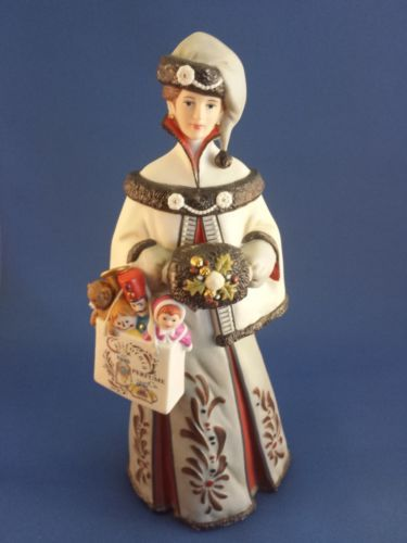 17 Best Images About Avon Mrs Albee Award Figurines On Pinterest Vintage Avon David And