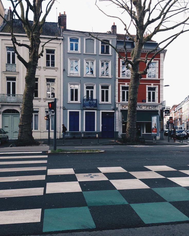 118 vind-ik-leuks, 4 reacties - TRAVEL IF YOU CAN 🚀✨ (@nau_dasha) op Instagram: 'На французских улицах живут такие приятные, мягкие цвета и оттенки 😌🎨Попробуй тут пройти мимо и не…'