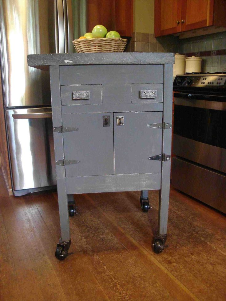 New Post portable islands for small kitchens