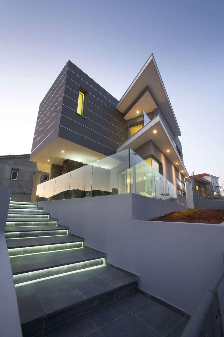 ¿Cómo iluminar las escaleras de entrada a casa? #lighting