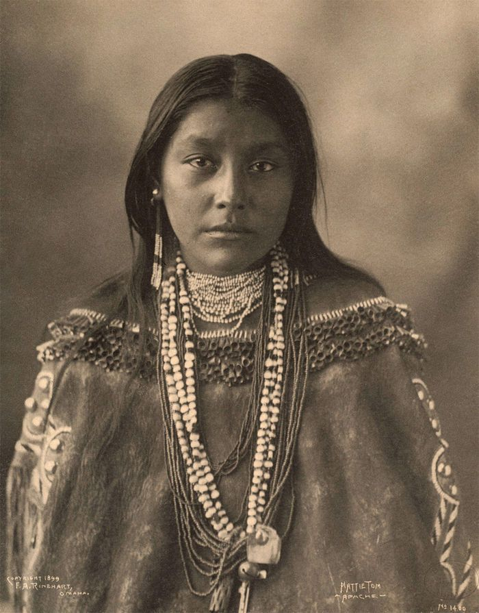 An old photograph of Hattie Tom Chiricahua - Apache 1899.