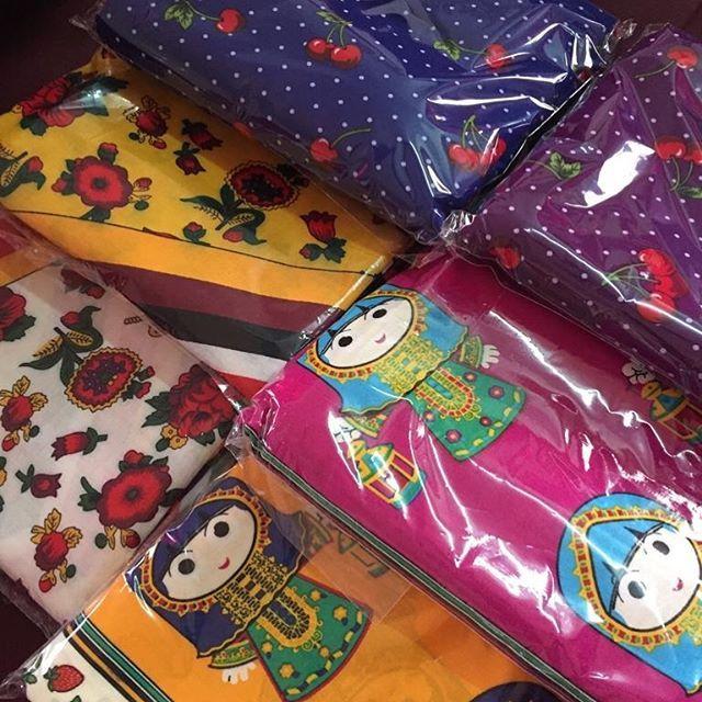 قماش الرايون بارد ناعم و خفيف القطعة مترين سعر القطعة ٣٥ ريال Gifts Gift Wrapping Wrap