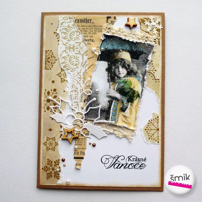 """vintage vánoční přání béžově natrhané Přáníčko je vyrobené z přírodní čtvrtky, ozdobeno je kousky scrapbookového papíru, které jsou ozdobně narhané. Hlavním motivem je vintage fotografie holčičky s deštníkem. Přání je dozdobeno krajkou, papírovými výseky s vánočními motivy, dřevěnými hvězdičkami a půlperličkami. Přání je s textem """"Krásné Vánoce"""" ..."""