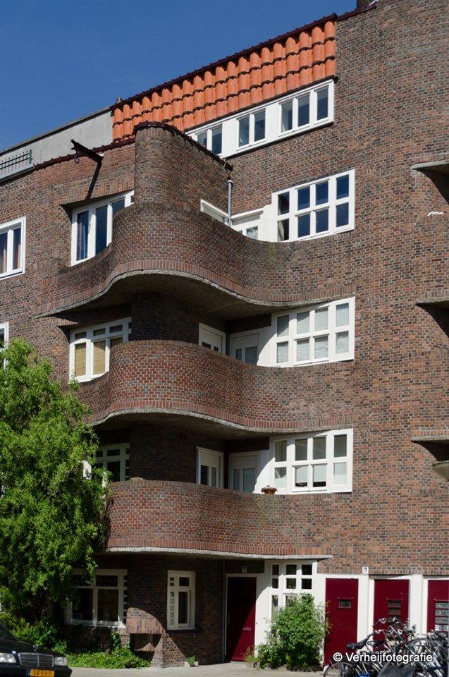 Holendrechtstraat 9
