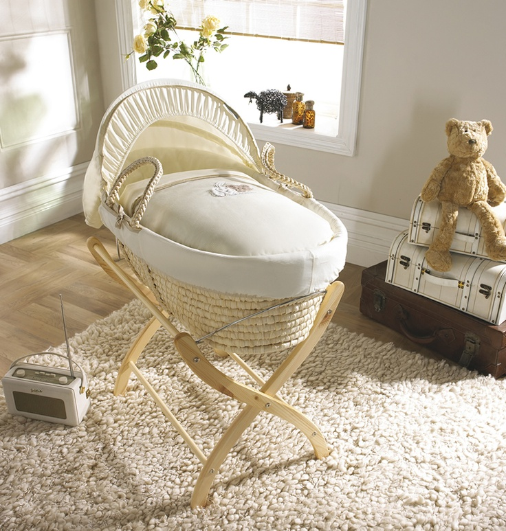 Moses Basket I Like This Instead Of The Bassinet A Moses