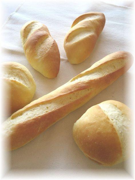 リッチなソフトフランスです。ジャムもスプレッドも甘~いクリームにも合う、そしてサンドイッチにしても美味しい、何にでも使えるパンです。