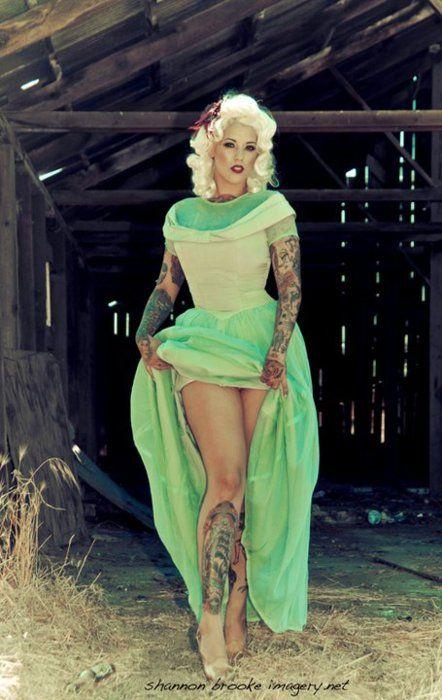 F: Ink Girls, Lourdes Dodd, Sweet Dress, Ink Tattoo, Alternative Models, Pin Up Tattoo, Tattoo Girls, Retro Style, The Dresses