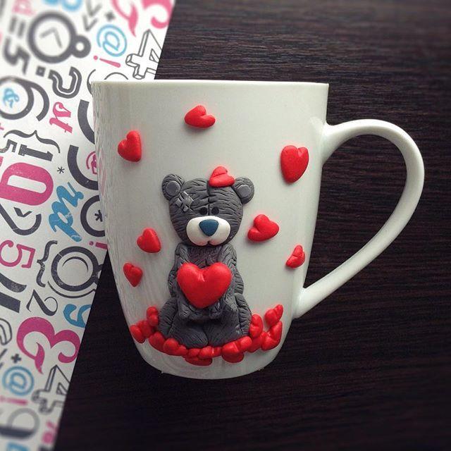 Еще один мишка ко Дню святого Валентина. Эта и следующая чашечка еще в наличии, пишите на почту #подарокдевушке #продажа #день_святого_валентина #сердечки #мишка #тедди #чашка #кружка #подарок #назаказ #полимерка #полимернаяглина #полимерная_глина #polymerclay #polymer_clay #cup