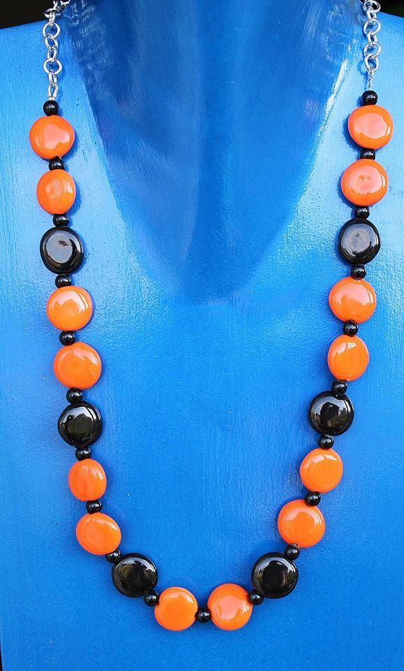 COD. 21 catena in acciaio- dischetti e perline di ceramica colorata