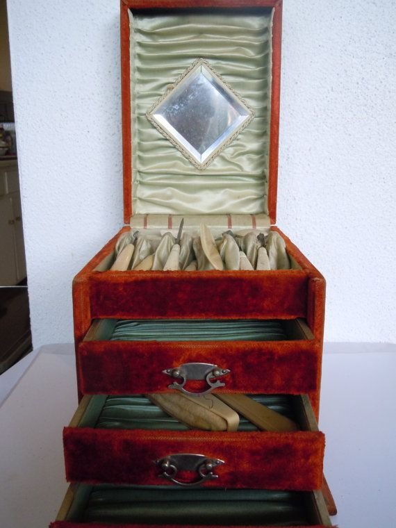 24 best Velvet Jewelry Boxes LOVE images on Pinterest Vintage