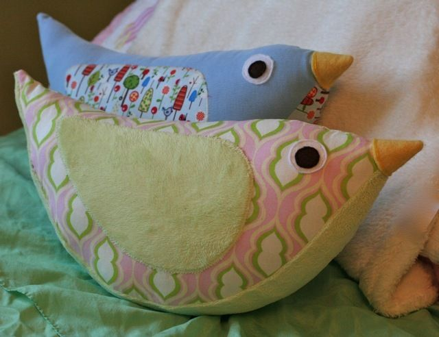 Cute Pillow Sewing Patterns : 1000+ images about Sew Cute - Pillows on Pinterest Pillowcases, Cute pillows and Cat pillow