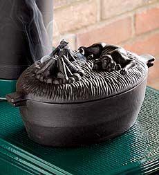 cast-iron-dog-wood-stove-steamer Love all their garden & home stuff. ^w^