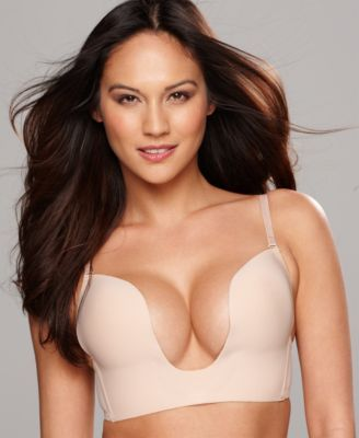 Fashion Forms U Plunge Bra MC678 $34.00 Maximum cleavage. Fashion Forms' U Plunge bra features wireless contour cups in a plunge style that looks great under the deepest of v-neck outfits. Style #MC678