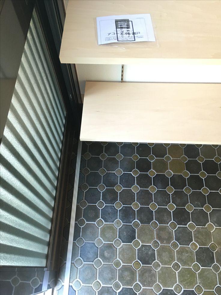 ENJOYWORKS/エンジョイワークス/renovation/リノベーション/entrance/玄関/tile/タイル