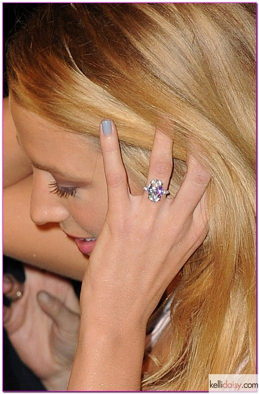 whoa! now that's a ring! blake lively engagement ring