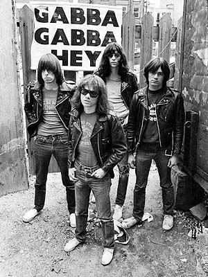 The Ramones fue una banda de punk de New York. Fueron muy importantes para el género punk.