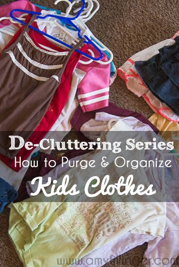 How to purge and organize kids clothes. My method for keeping keeps clothing minimal and organized!