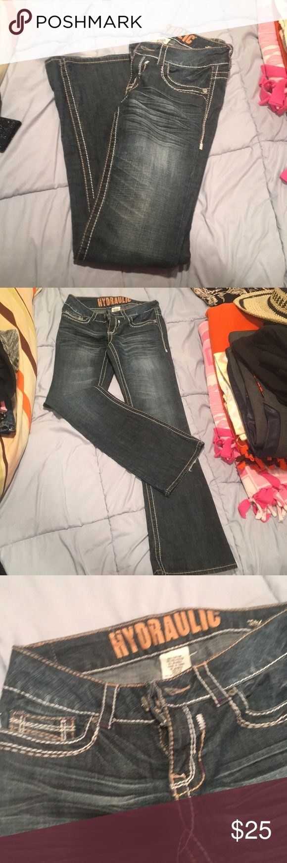 Hydraulic Jeans In great condition! Hydraulic Jeans!! Hydraulic Jeans Flare & Wide Leg