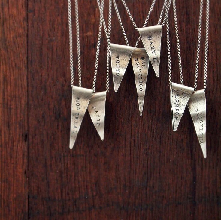 Such a genius idea for a travel keepsake. Wouldn't it be fun to collect one for every trip you take?Silver Necklaces, Necklaces Vintage, Sterling Silver, Travel Pennant, Pennant Necklaces, Vintage Travel, Rand Papel, Handmade Necklaces, Charms Personalized