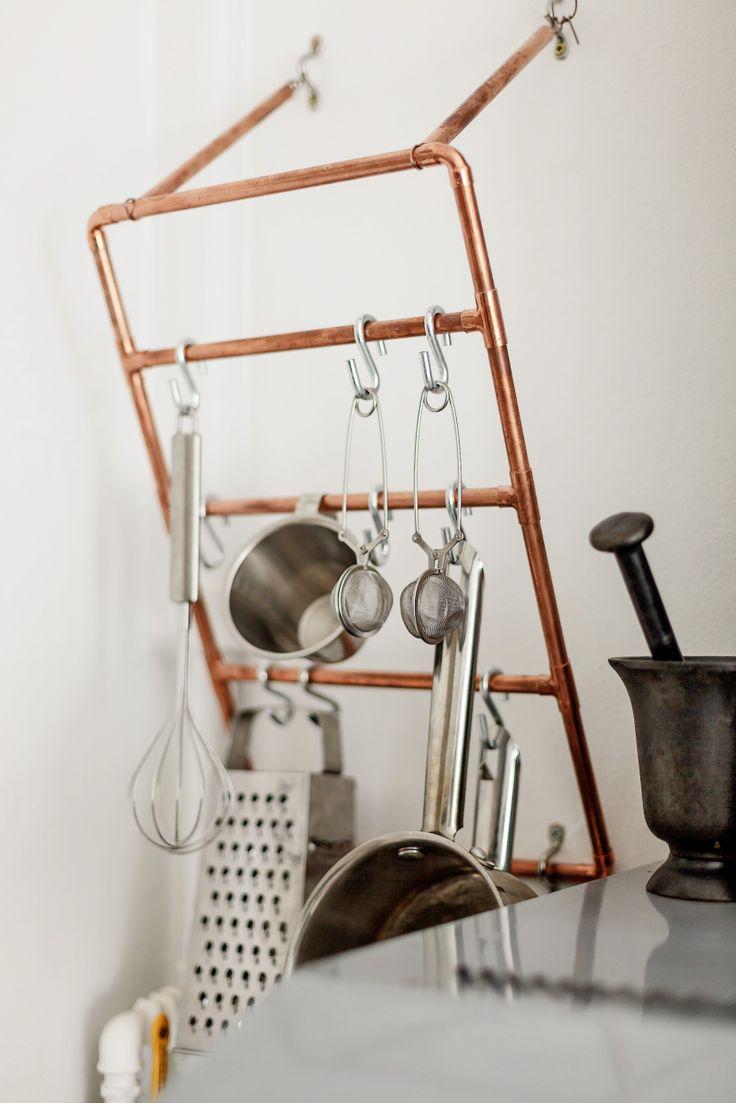 DIY: Copper pipes utensils hanger